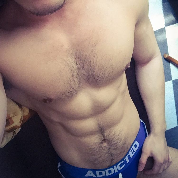 bachelor-of-the-week-from-hong-kong-china-asias-largest-gay-travel-guide-for-gay-hotels-gay-bars-and-saunas-2-11
