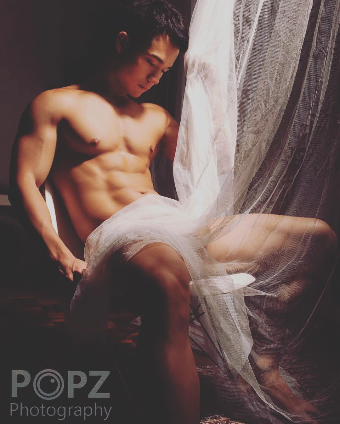 bachelor-of-the-week-from-hong-kong-china-asias-largest-gay-travel-guide-for-gay-hotels-gay-bars-and-saunas-2-16