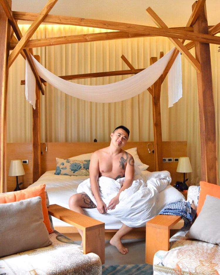 luxury-hotel-tips-by-hot-asian-influencer-herman-gay-bali