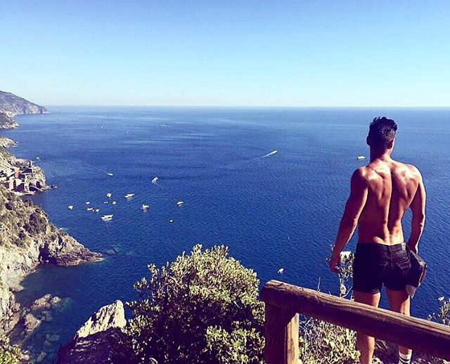 samir-travel-tips-and-beach-holiday-advice-for-gay-men