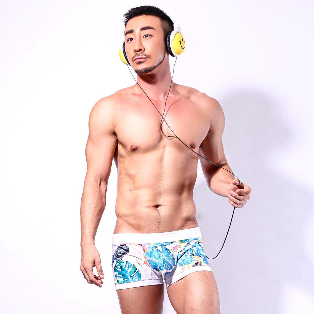 Gay Party Guide in Seoul South Korea by Tommy Bachelor of the Week