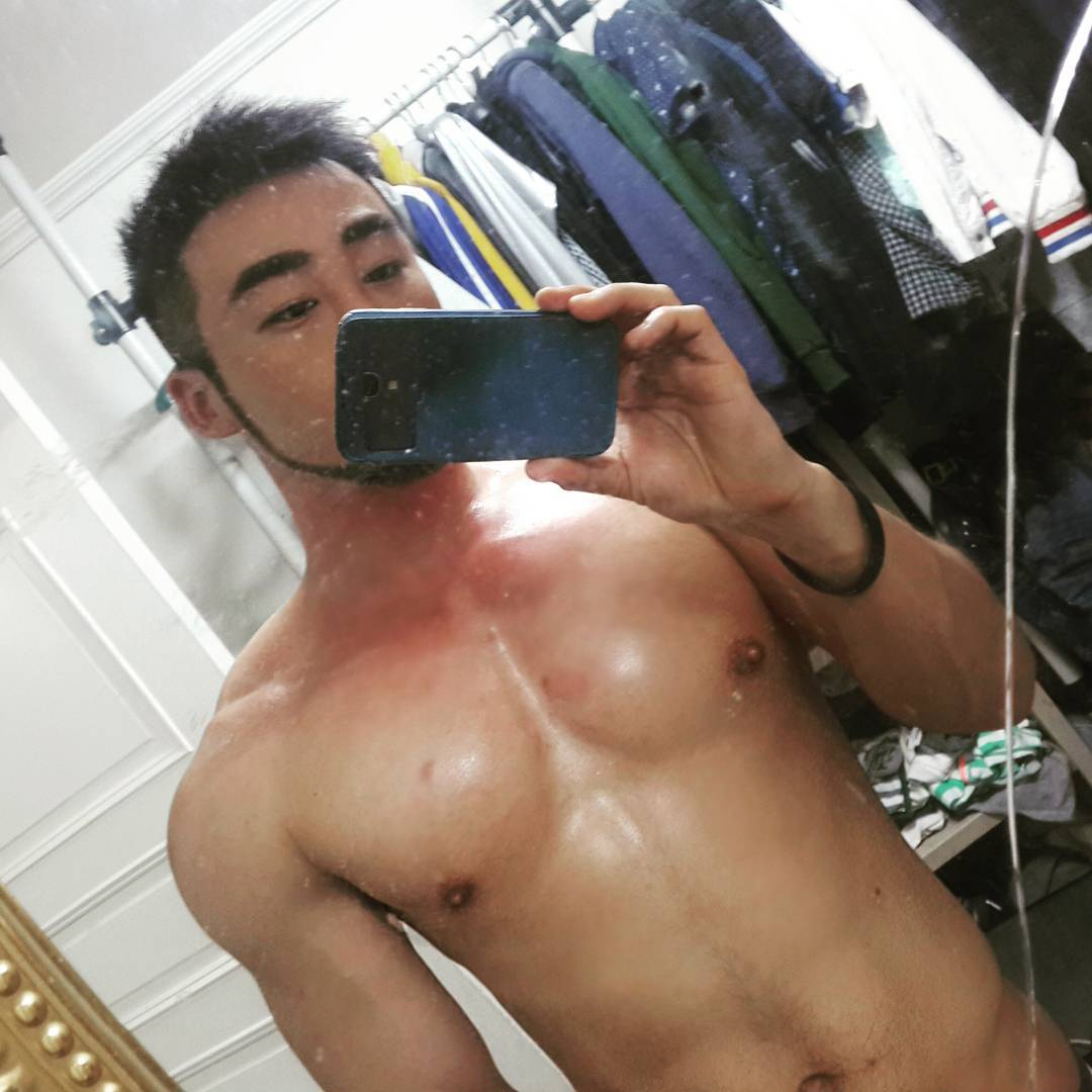Asian Single Gay Guy Interview Experience as a Gay Man in Seoul