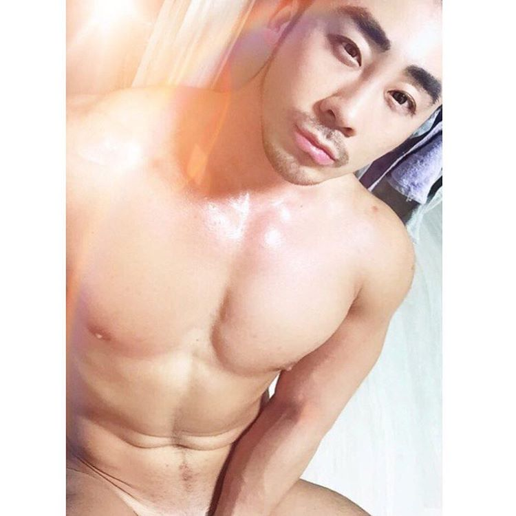 Singale Cute Asian Man Gay Sauna Guide in Seoul South Korea to Gay Men