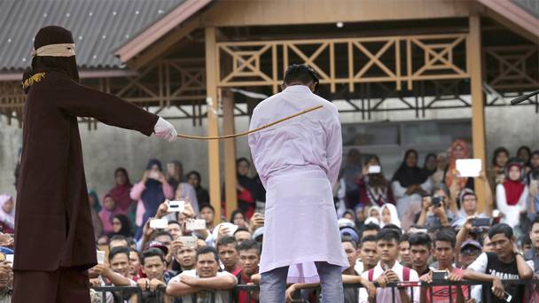 Ban Gay sex Indonesia wipe two local gay men
