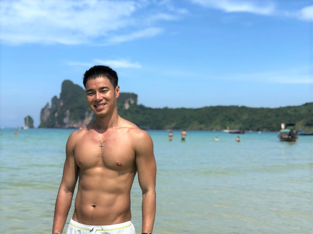 Gorgeous Asian Gay Guys on Instagram & their travel tips