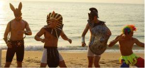 Best beach party outfit FIN Wonderland