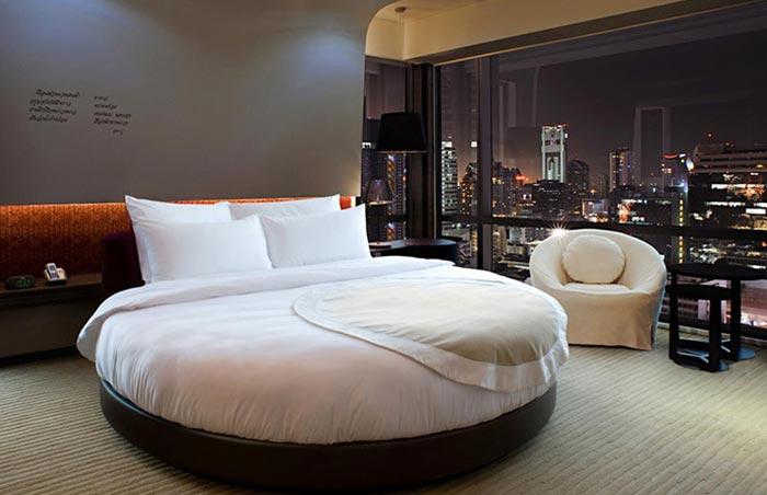 Le-Meridien-Bangkok-Gay-Silom-Friendly-Hotel