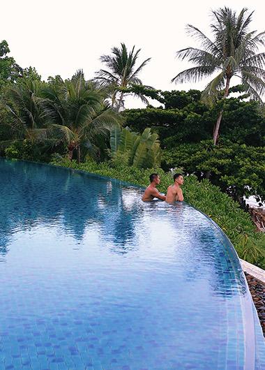 Hovinhkhoa and rhoneerojas Koh Samui best pool villa resort