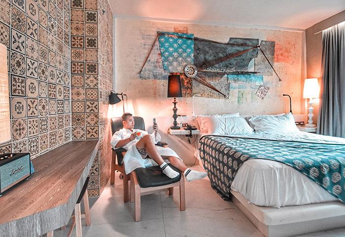 Gay-Bangkok-Hotel-Instagram-Perfect-Siam-at-Siam
