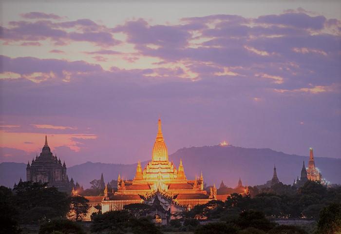 Gay-Adventure-Myanmar-The-Strand-Cruise-Bagan-and-Mandalay