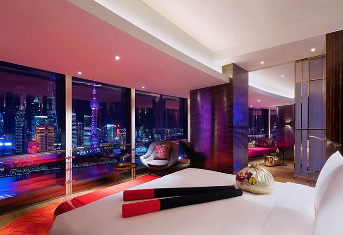 Gay-Luxury-Hotel-W-Shanghai-The-Bund