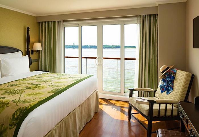Luxury-Gay-Asia-Cruise-The-Strand-Cruise-Bagan-Mandalay