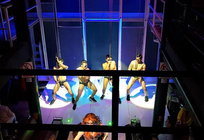 Jupiter2018-Bangkok-Go-Go-Boys-Silom-Soi-4