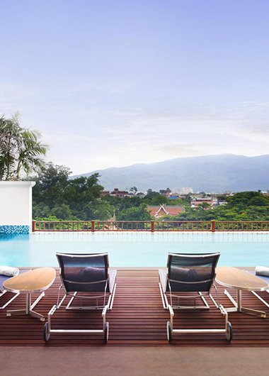 New Update This Year Luxury-Gay-Hotel-rooftop-Pool-Le-Meridien-Chiang-Mai
