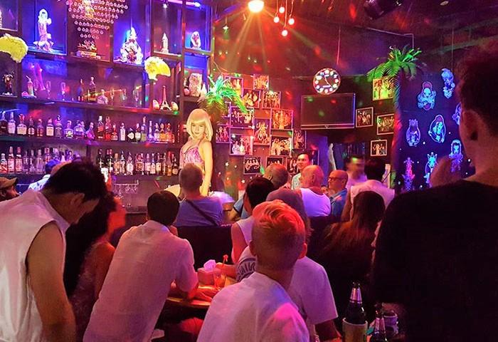 Ram-Bar-Gay-Chiang-Mai-Drag-Queen-Show