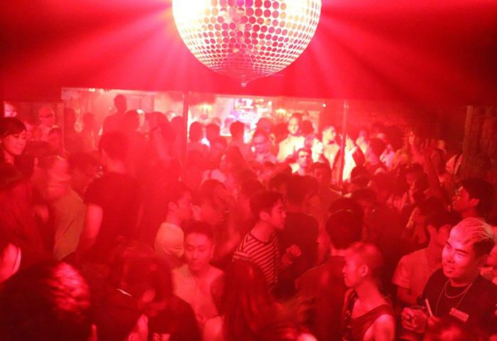 Arty-Farty-Tokyo-Most-Popular-Gay-Dance-Club