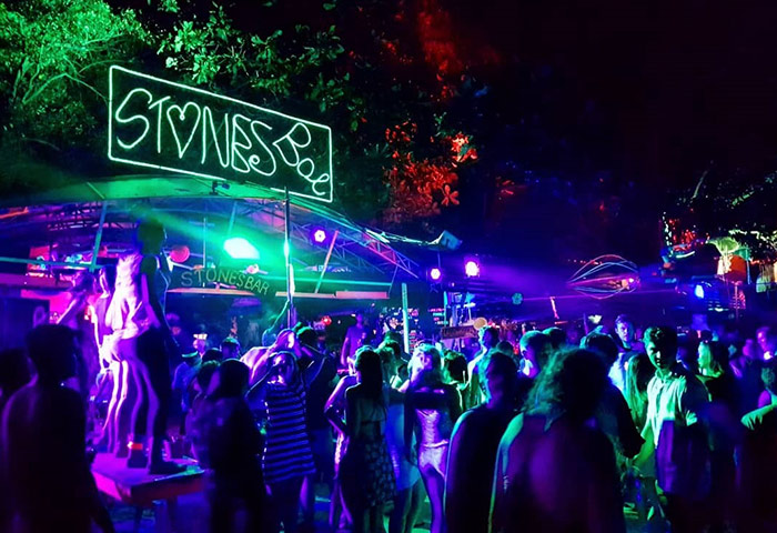 Best-Phi-Phi-Nightlife-and-Gay-Bars-Guide-Update-This-Year