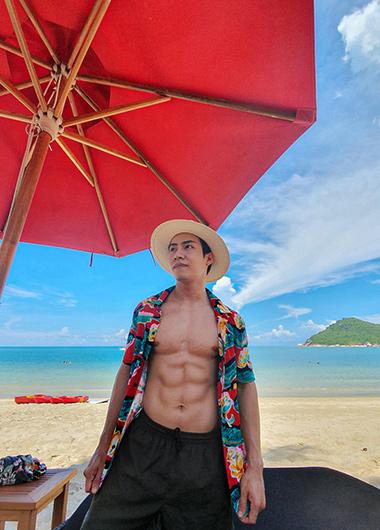 Best-Private-Pool-Villa-Beachfront-Resort-for-Gay-Travelers-Anantara-Koh-Phangan
