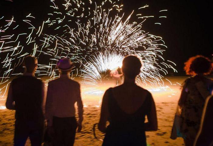 Cheap-Beachfront-Gay-Hotel-Phi-Phi-Relax-Beach-Resort