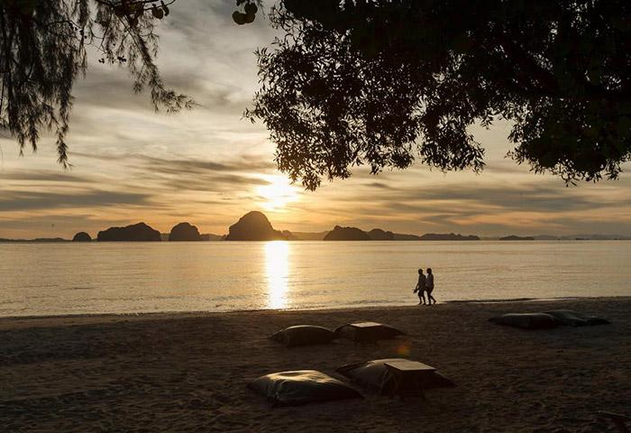 Cheap-Beachfront-Luxury-Gay-Hotel-Krabi-The-Tubkaak-Krabi-Boutique-Resort
