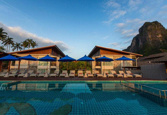 Cheap-Gay-Hotel-Krabi-with-Rooftop-Pool-and-Gym-Railay-Princess-Resort-&-Spa
