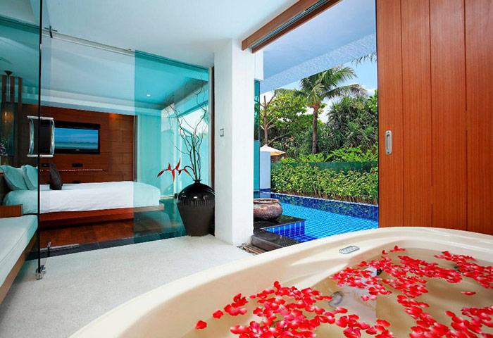 Cheap-Luxury-Pool-Villa-Honeymoon-Gay-Hotel-Phuket-La-Flora-Resort-Patong
