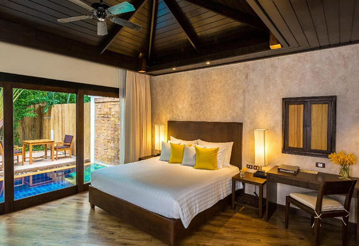 Cheap-Pool-Villas-Beach-Resort-for-Gay-Honeymoon-and-Couple-Bandara-Resort-&-Spa-Koh-Samui