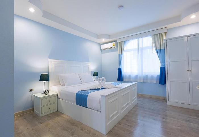 Dongtan-Beach-Most-Booked-Gay-Hotel-Pattaya-Zing-Resort-&-Spa