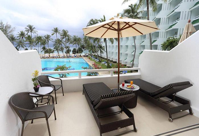 Find-Beachfront-Luxury-Gay-Honeymoon-Hotel-Phuket-Le-Meridien-Phuket-Beach-Resort