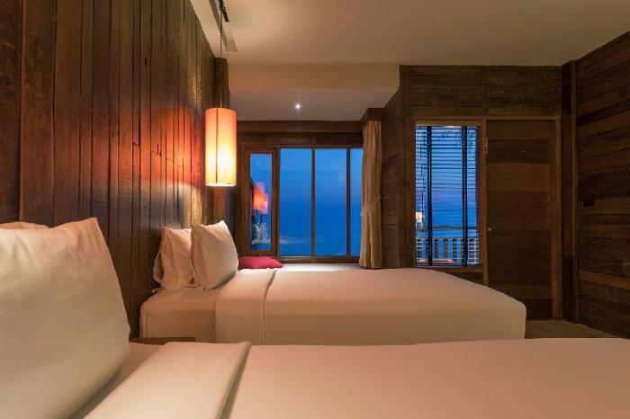 Gay-Friendly-Hotel-Baan-Ploy-Sea-1