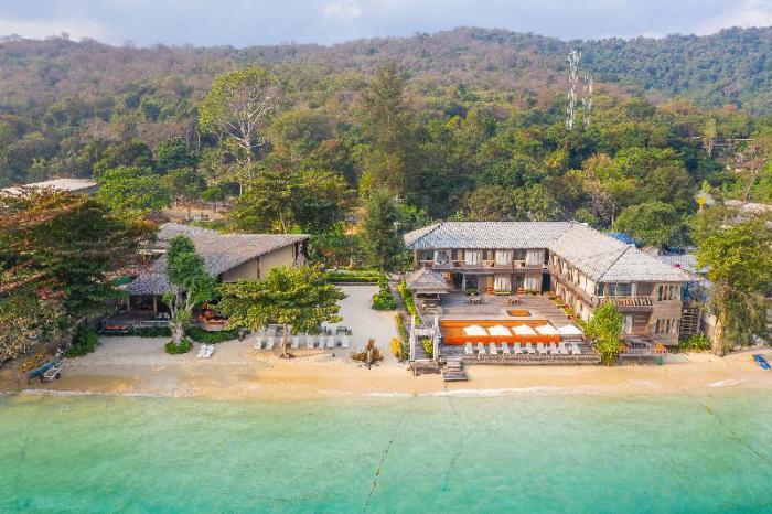 Gay Friendly Hotel Baan Ploy Sea Koh Samet