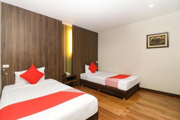 Gay-Friendly-Hotel-Bally-Suite-Silom-2