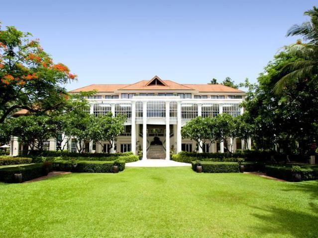 Gay Friendly Hotel Centara Grand Beach Resort Samui Koh Samui