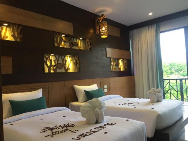 Gay-Friendly-Hotel-ChaoKoh-Phi-Phi-Hotel-Resort-1