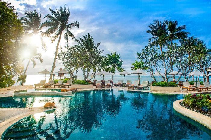 Gay Friendly Hotel Chaweng Regent Beach Resort Koh Samui