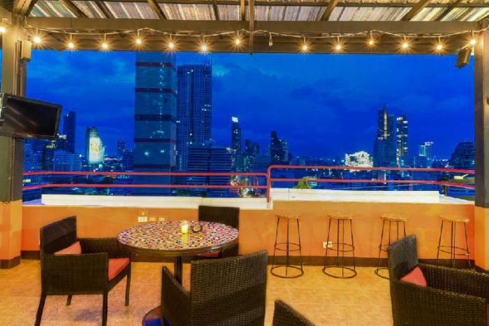 Gay-Friendly-Hotel-Furama-Silom-Hotel-Bangkok-4