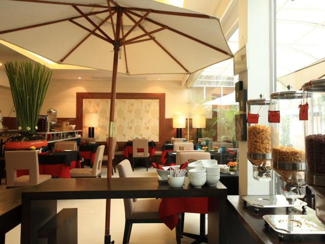 Gay-Friendly-Hotel-FuramaXclusive-Sathorn-Hotel-Bangkok-3
