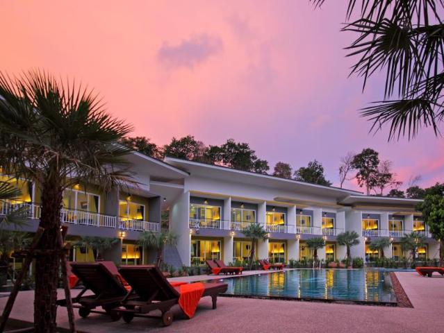 Gay Friendly Hotel Gypsy Sea View Resort Koh Phi Phi