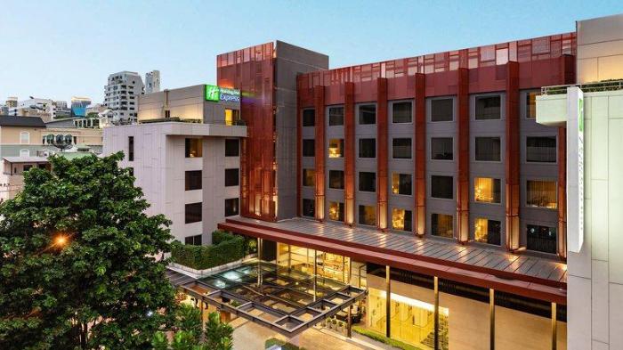Gay Friendly Hotel Holiday Inn Express Bangkok Sathorn Bangkok
