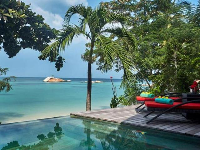 Gay Friendly Hotel Kupu Kupu Phangan Beach Villas & Spa by L'Occitane Koh Phangan