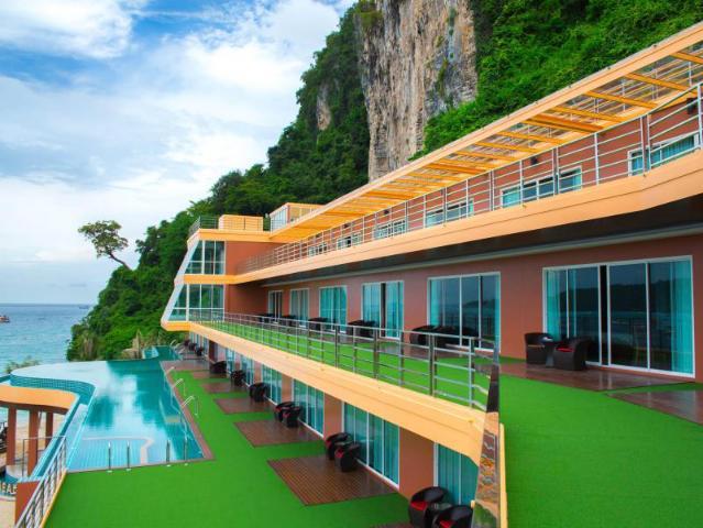 Gay-Friendly-Hotel-Phi-Phi-Cliff-Beach-Resort-2