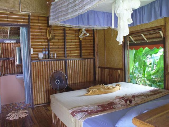 Gay-Friendly-Hotel-Phi-Phi-Relax-Beach-Resort-1