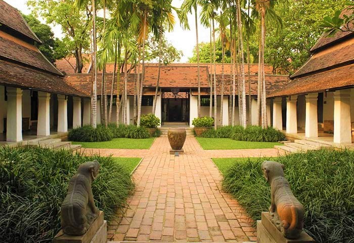 Gay-Friendly-Hotel-Rachamankha-Hotel-a-Member-of-Relais-Chateaux-4