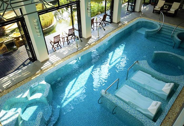 Gay-Friendly-Hotel-RarinJinda-Wellness-Spa-Resort-1