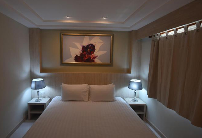 PP-Charlie-Beach-Resort-Cheap-Upscale-Gay-Hotel-Koh-Phi-Phi-with-Pool