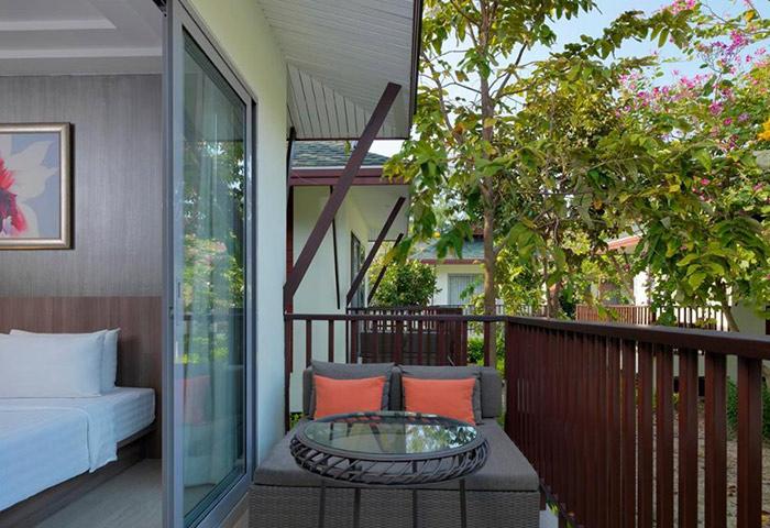 PP-Princess-Resort-Cheap-Gay-Hotel-with-Pool-in-Ton-Sai-Beachfront