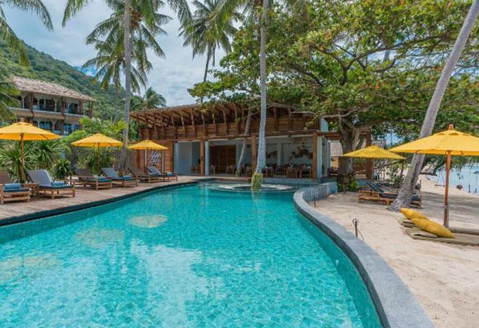 Perfect-Beachfront-Gay-Hotel-Cheap-Price-Koh-Phangan