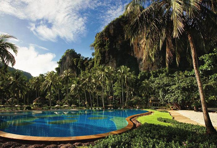 Rayavadee-Hotel-Railay-Beachfront-Popular-Gay-Hotel-Krabi