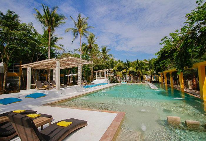 Small-Upscale-Beachfront-Pool-Gay-Hotel-Koh-Phangan