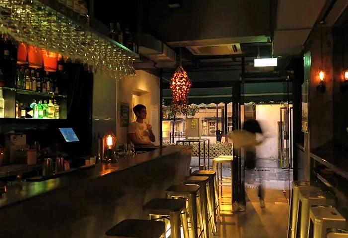 Time-Bar-Hong-Kong-Gayborhood-Best-Cocktail-Bar